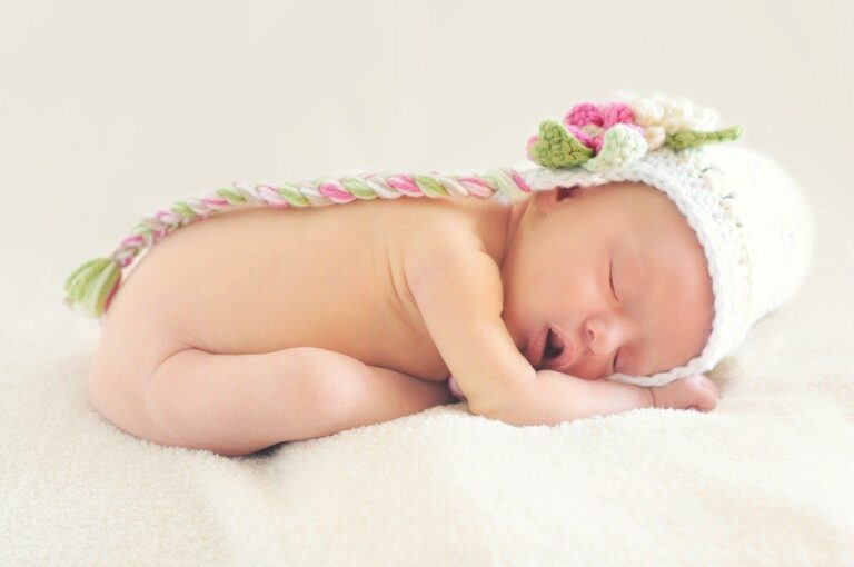 ¿Qué significa la caca verde en bebés?
