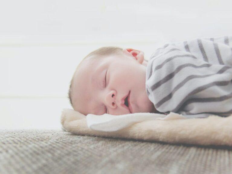 Cólicos en Bebés: Retos de la Lactancia